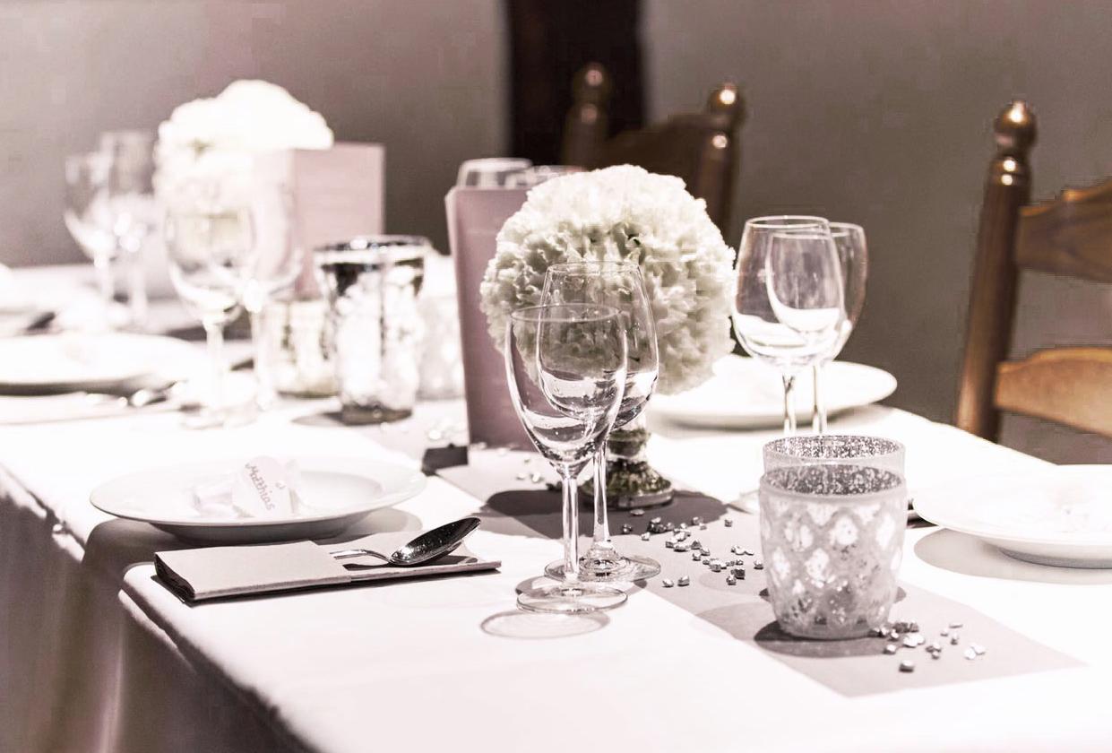 Hochzeiten Stielgebunden